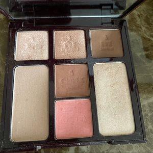 Charlotte Tilbury Beauty Glow Palette